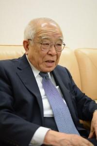 世界平和研究所 小島弘